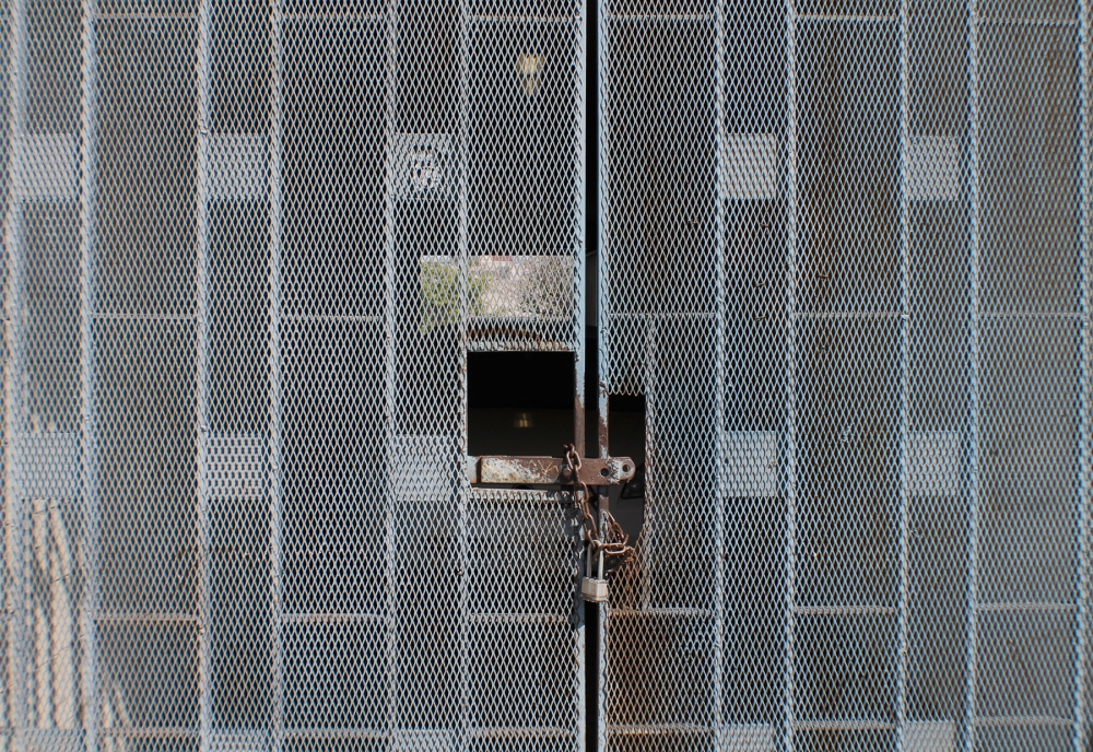 trapped_photo-1